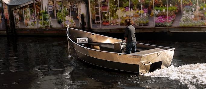 Elektro-Bootfahren